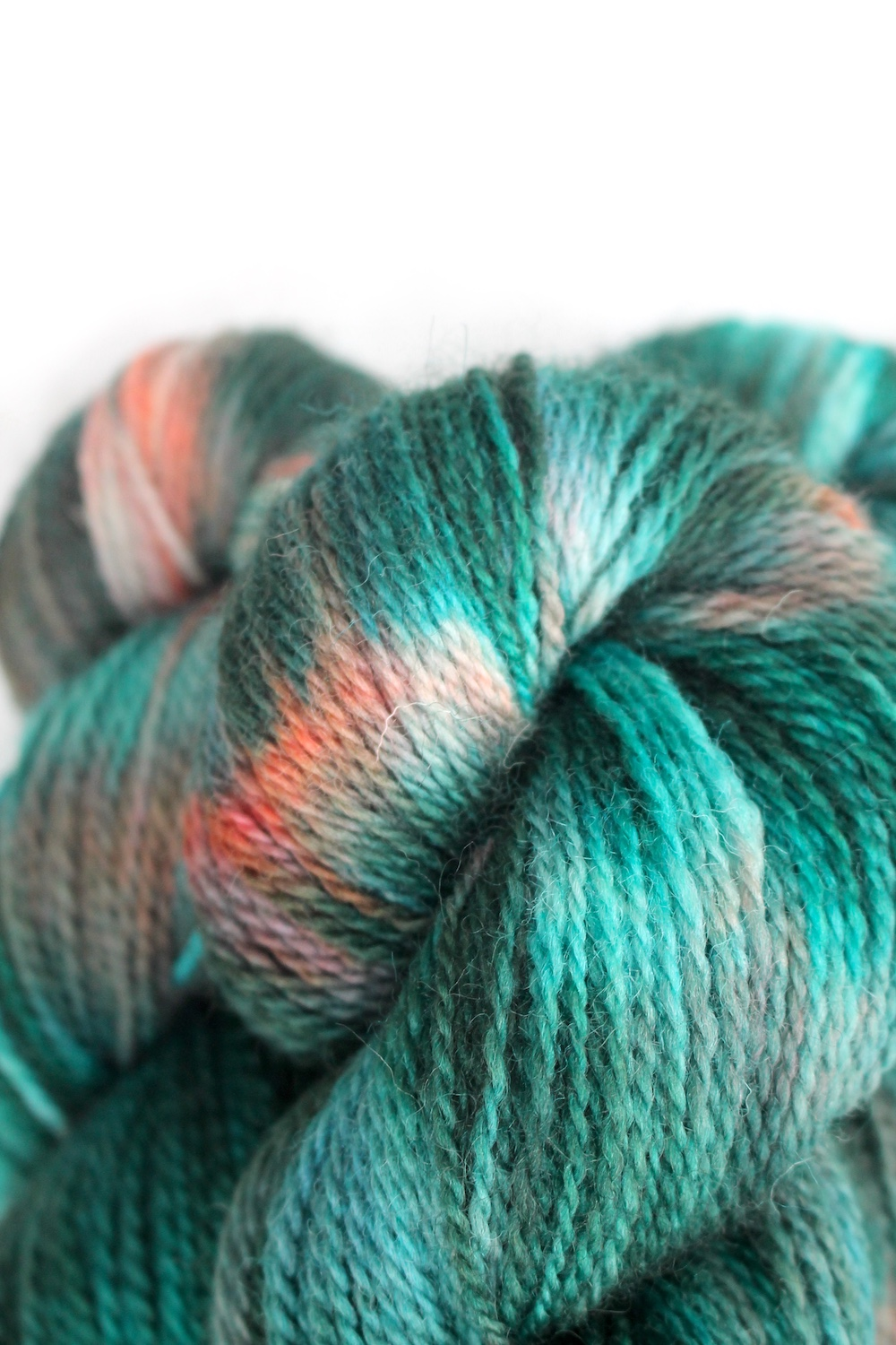 Close up of Appledore in the Avalon colourway