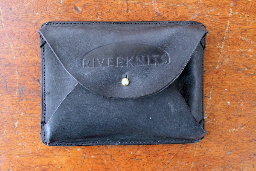 Crafter's wallet in navy
